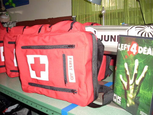 left 4 dead first aid kit