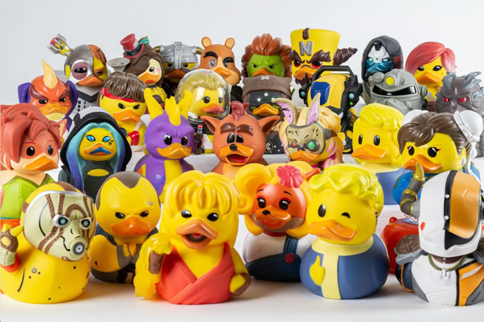 「TUBBZ Cosplaying Duck Collectible」